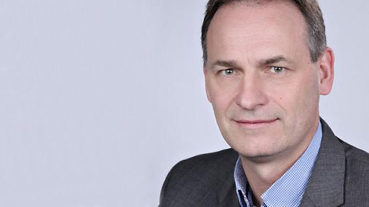Dr. Olaf Winne