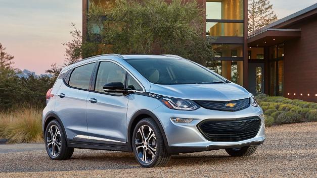 Der neue Chevrolet Bolt soll die technische Basis für die Roboter-Taxis bilden.