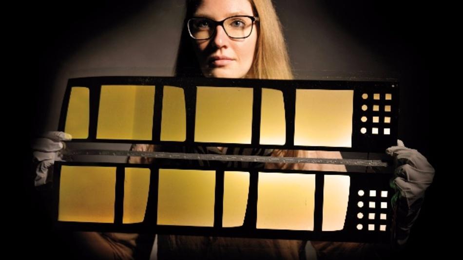 Das neue Verfahren könnte ein wichtiger Schritt hin zur kostengünstigen Herstellung großflächiger, flexibler OLEDs in gleichbleibender Qualität sein.