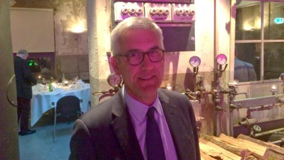Ulrich Spiesshofer, CEO von ABB:  »Wir wollen die Angst vor Industrie 4.0 nehmen und den potenziellen Anwendern demonstrieren, dass sich Industrie 4.0 mit einfachen Mitteln umsetzen lässt.«