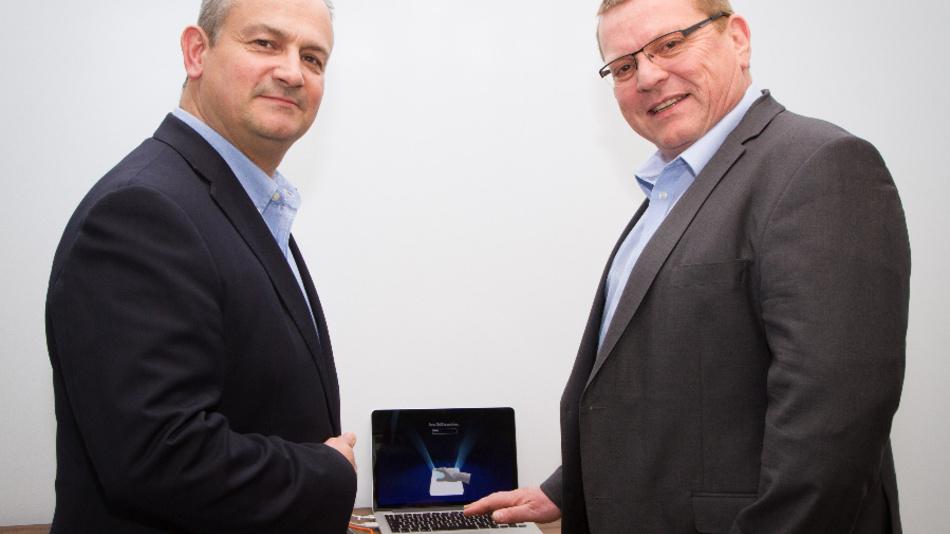 Steve Cliffe, CEO von Ultrahaptics, (links) und Hans Carper, ab sofort Director of Sales für EMEA von Ultrahaptics.
