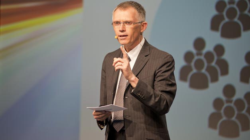 Carlos Tavares, Vorstandsvorsitzender von PSA Peugeot Citroën begrüßt die Entwicklung einer elektrische Version der mit Dongfeng geplanten gemeinsamen Modulplattform.