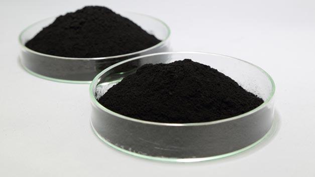 Elektrodenkatalysatoren aus Platin von Tanaka Precious Metals steigern die Leistungsfähigkeit von gestapelten Brennstoffzellen.