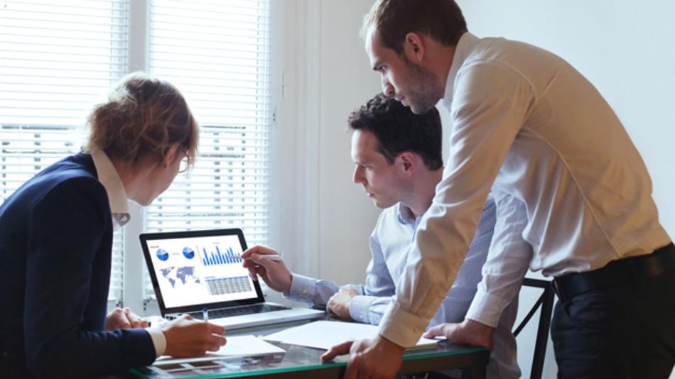 Fachkräfte haben aktuell eine starke Position auf dem deutschen Arbeitsmarkt.