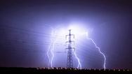 In den vergangenen Wochen haben in Deutschland heftige Gewitter, verbunden mit Sturm, starken Regenfällen sowie Blitzeinschlägen große Schäden angerichtet. Für Hausbesitzer entstehen dadurch jährlich Kosten, die sich auf mehrere hundert Millionen Eur