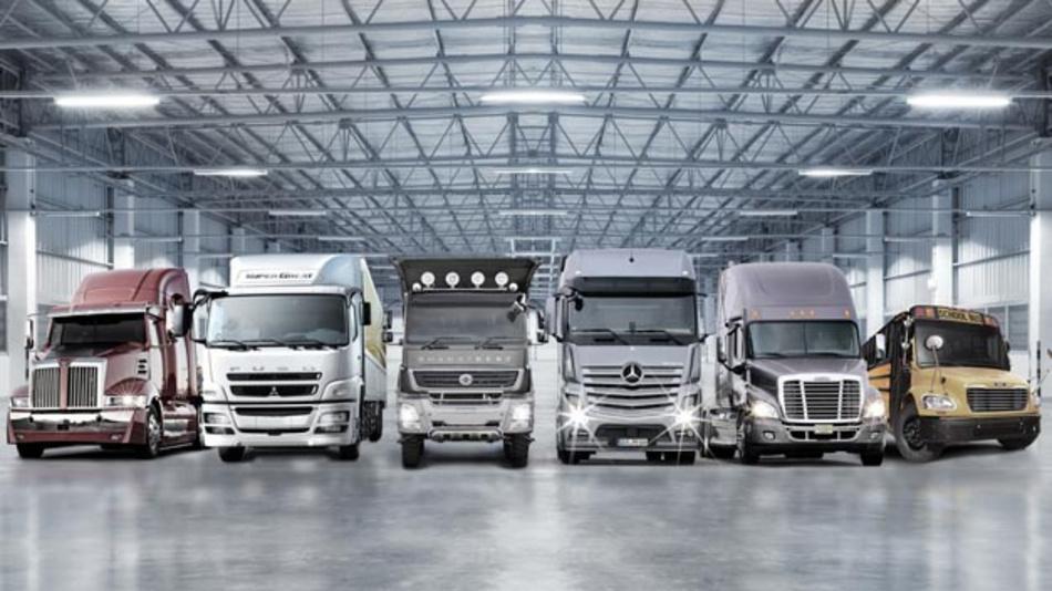 Daimler Trucks plant seine Lkw Anfang 2017 mit einer neuen Connectivity Hardware auszustatten.