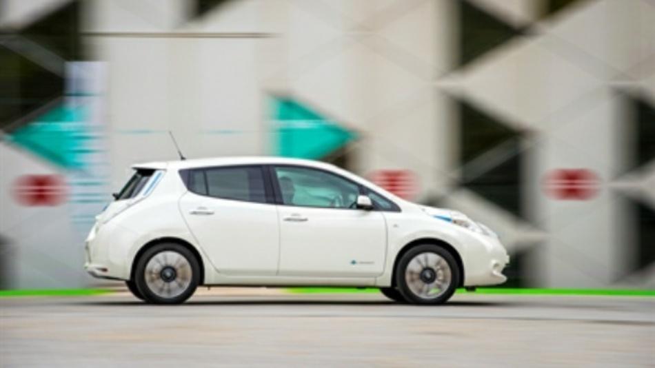 Fahrer des Leaf sollen zukünftig von der Teilnahme   Nissans am Projekt Fast-E profitieren.
