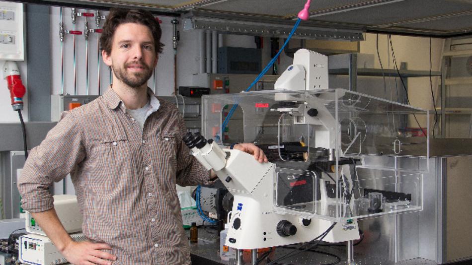 Florian Baumgart im Labor