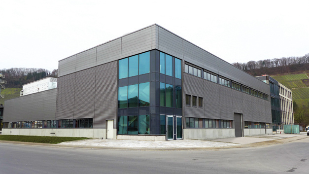 Die neue Fabrik schöpft sämtliche Möglichkeiten der Modernisierung aus . . .