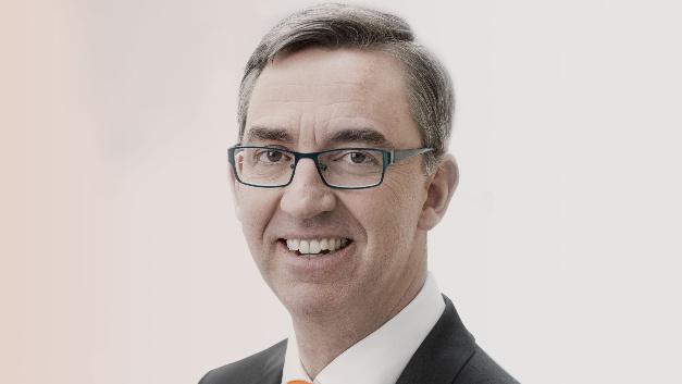 »Die vereinbarte Laufzeit von 7,5 Jahren geht weit über das übliche Maß hinaus«, erklärte Dr. Till Reuter im Zuge der Investorenvereinbarung zwischen Kuka und Midea.
