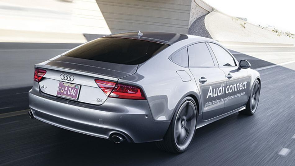 Bild 3. Als Erprobungsfahrzeug für das zFAS diente u.a. ein Audi A7 piloted driving concept.