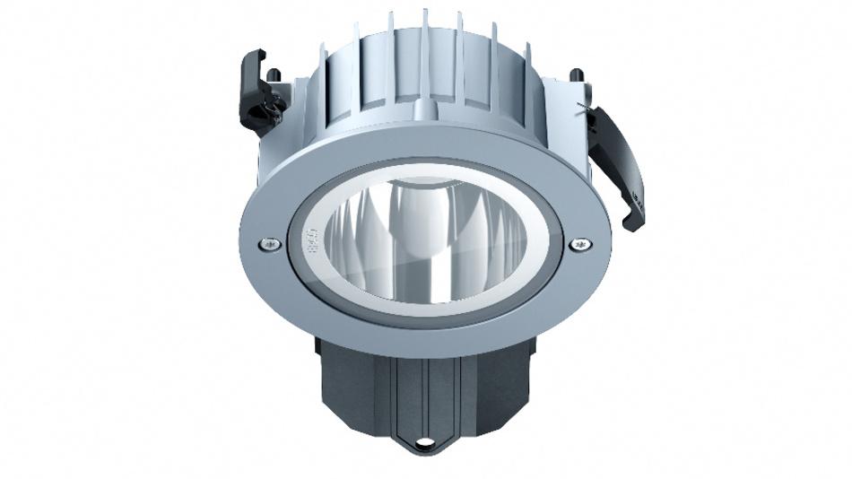 Erco Deckeneinbauleuchten mit Schutzart IP65 sind robust und für qualitative Lichtplanung in überdachten Außenbereichen geeignet.