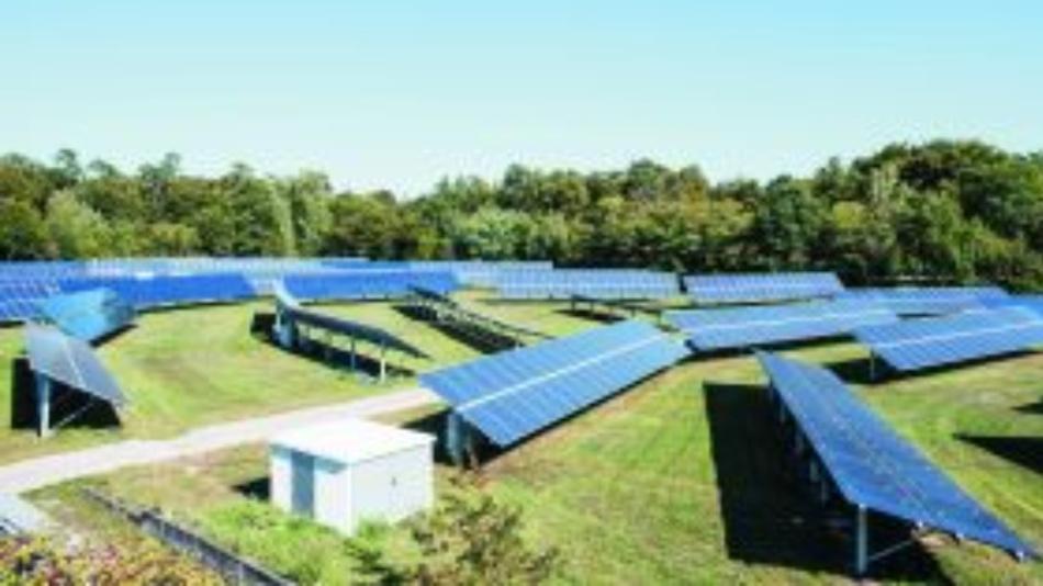Messungen bestimmen, wie sich Verschmutzungen durch abgelagerten Mineralstaub auf Solarpanelen auf die PV-Leistung auswirken.