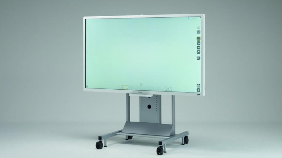 Abfotografieren ist obsolet: Die Infos auf dem Display von Ricohs 84-Zoll-Whiteboard D8400 lassen sich speichern, verschicken und ausdrucken.