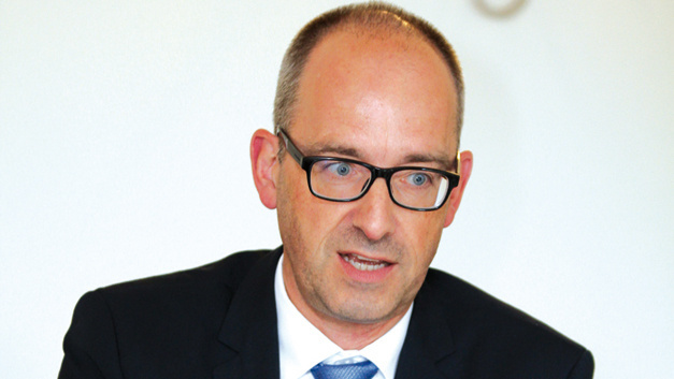 Andreas Mangler, Rutronik »In einer großen Elektronik-fertigung sind 10 oder 20 Automatisierungs-Lieferanten beteiligt. Das heißt, dass verschiedene Modelle und Serviceverträge angewendet werden.«
