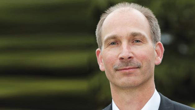 Ulrich Pfeiffer, Hewlett Packard Enterprise »Die Herausforderungen beim Management heterogener ITK-Umgebungen und heterogener Maschinenparks sind im Grunde sehr ähnlich.«
