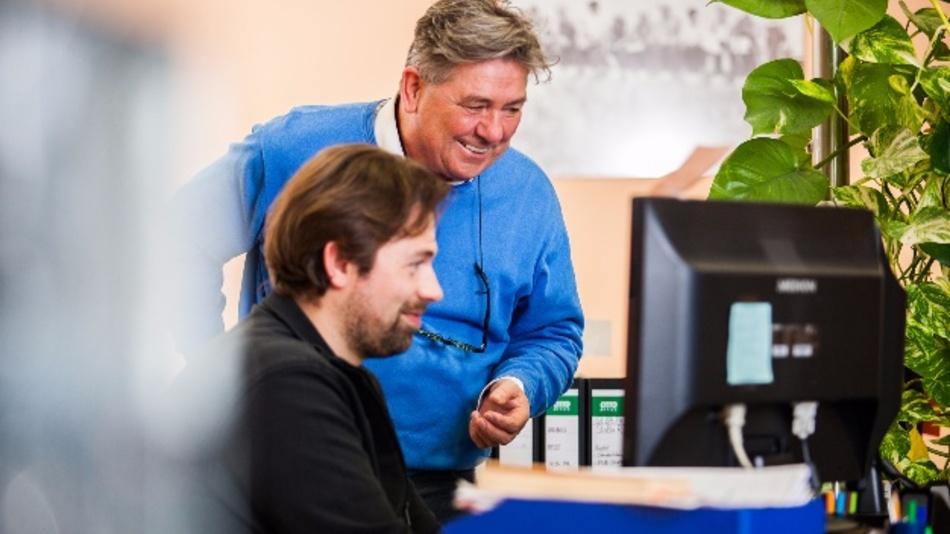 Richard Viehbacher (im blauen Pulli):»Als Hightech-Büro wollen wir auch die neueste Technik nutzen.«