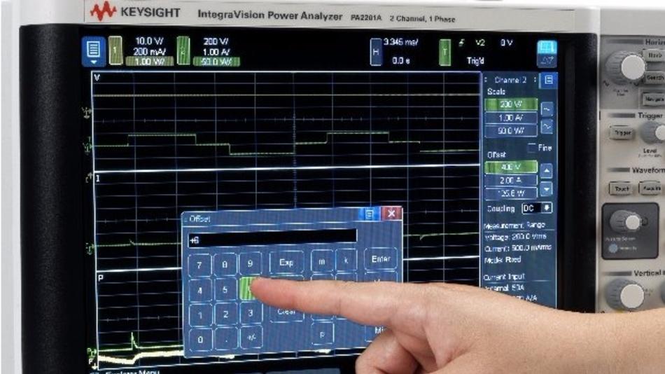 Der Leistungsanalysator IntegraVision verbindet simultane Single-Shot-Spannungs- und Strommessungen mit einer Digitalisierungsrate von 5 MSample/s, einer Auflösung von 16 Bit und einer Grundgenauigkeit von 0,05 %. Die Werte werden auf einem 12,1 Zoll großen Farb-Touchscreen anzeigt.