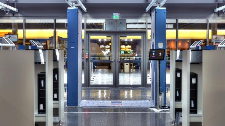 Für mehr Sicherheit beispielsweise an Flughäfen sorgt künftig der Körperscanner R&S QPS von Rohde & Schwarz