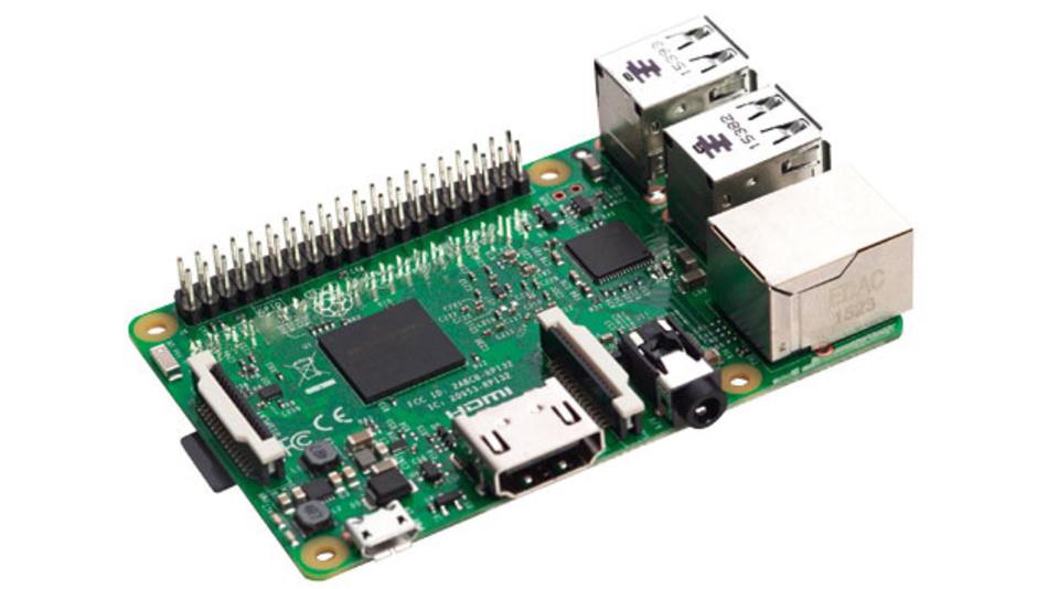 Bild 1. In der neuesten Raspberry-Pi-Generation, dem Raspberry Pi 3, sind auch WLAN und Bluetooth auf dem Board integriert.