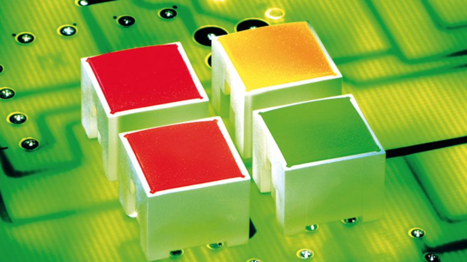 Bei den Mitgliedern der Familie »Racon 12 i« von Rafi handelt es sich um vollausgeleuchtete Varianten der »Racon«-Kurzhubtaster mit zwei LEDs, Stößel und farbiger Tasterkappenblende.