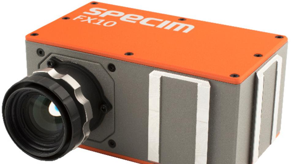 Besonders kompakt ist die bei Stemmer Imaging erhältliche Hyperspektralkamera »Specim FX10« von Specim.