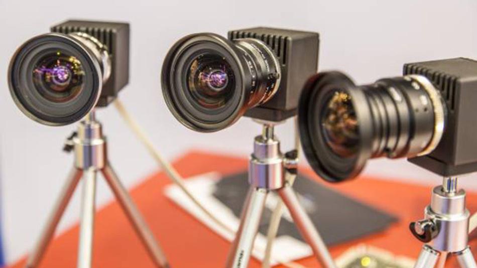 Nach zwei Jahren ist es wieder so weit: Die neuesten Industriekameras, Bildverarbeitungssysteme und Komponenten werden auf Vision 2016 zu sehen sein.