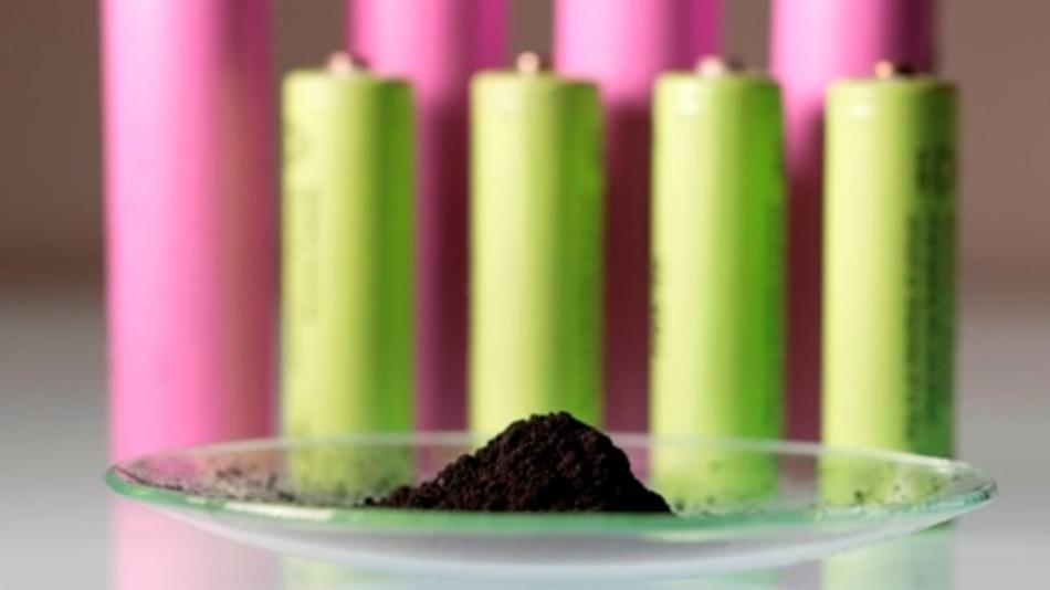 Mit Hilfe eines neuen Recyclingverfahrens sollen wertvolle Batteriematerialien zurückgewonnen werden.