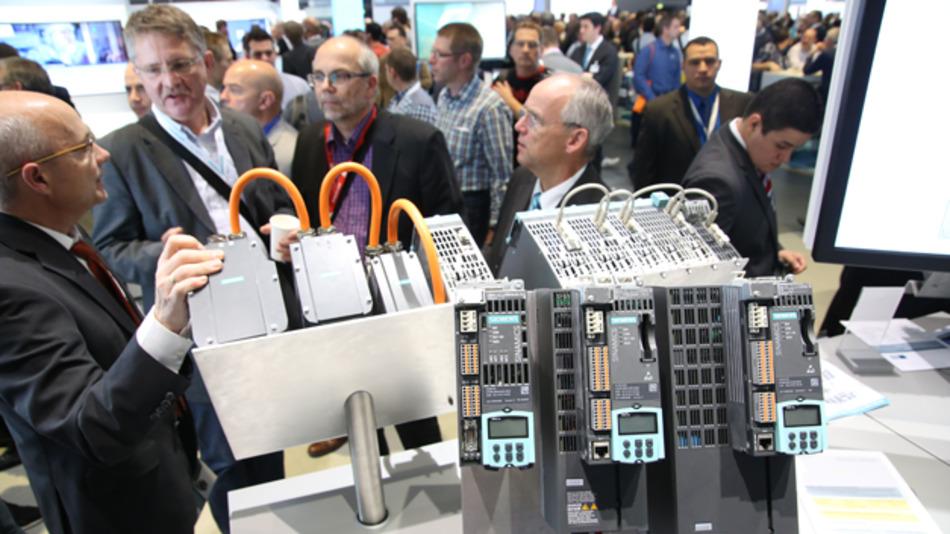 Die SPS IPC Drives in Nürnberg ist eine der wichtigsten Messen in Europa für Automatisierungstechnik. 2016 findet sie vom 22. bis 24. November statt.
