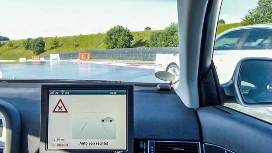 Die lokale Cloud erhöht die Verkehrssicherheit, insbesondere wenn Millisekunden entscheidend sind.
