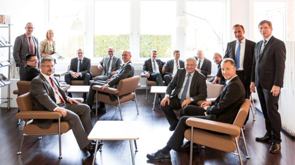 14 Elektronikdienstleister trafen sich zum alljährlichen EMS-Forum der Markt&Technik in den Räumen der WEKA Fachmedien in Haar bei München.