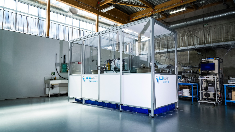Kemwatts erster industrieller Prototyp einer organischen Redox Flow Batterie.