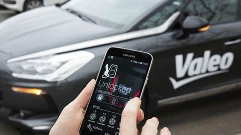 2015 wurden weltweit 1,4 Milliarden Smartphones verkauft. Die Zahl der Smartwatches wird 2016 schätzungsweise die 50-Millionen-Grenze überschreiten. Das ermöglichte es, Geräte mit Smart-Car-Anwendungen zu nutzen.