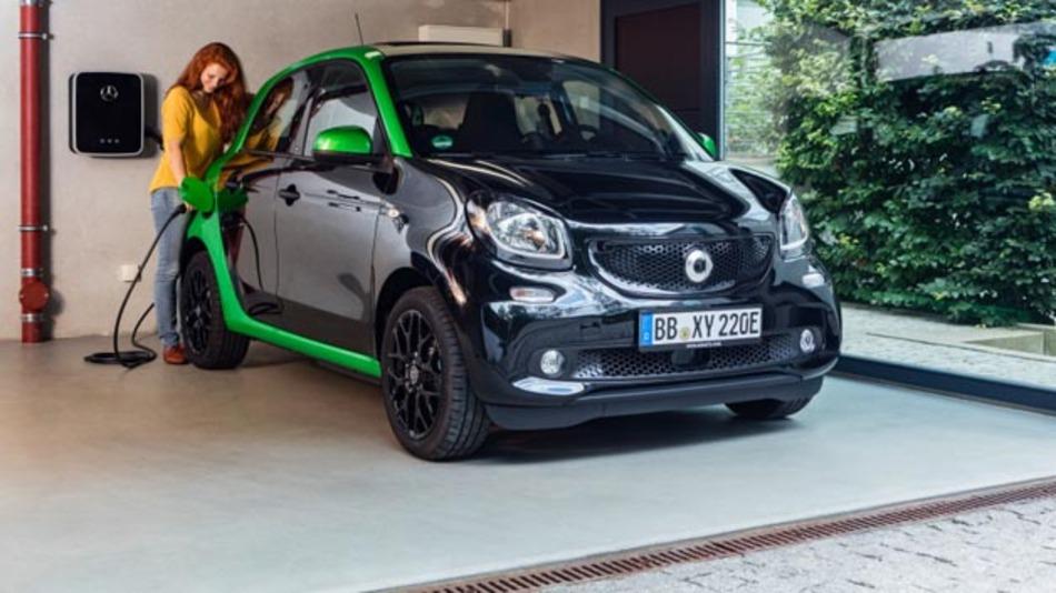 Seine Weltpremiere wird der Smart Fortwo Electric Drive in Paris feiern. Die Markteinführung des kleinen Flitzers startet in Europa Anfang 2017.