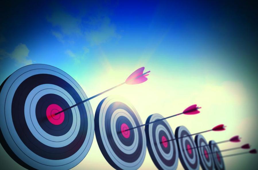 Verschiedene Hersteller geben die Grundgenauigkeit ihres Leistungsanalysators unterschiedlich an.