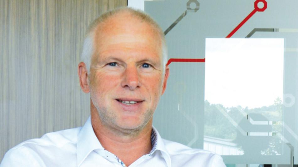 Hermann Püthe, inpotron Schaltnetzteile »Kundenspezifische Stromversorgungslösungen sind ein sehr beratungsintensives Geschäft, dessen Details sich am besten in der Muttersprache klären lassen.«