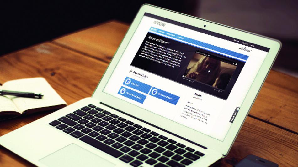 Arrow Electronics (Halle A4, Stand 255)  Um digitale Services und »eVolve«, einen umfassenden Ansatz im Bereich IoT, der alle Aspekte im Aufbau und Betrieb derartiger Anwendungen abdeckt, dreht sich der Messeauftritt von Arrow Electronics. Der Distributor stellt seine Zusammenarbeit mit der weltweiten Crowdfunding-Plattform Indiegogo vor, über das Unternehmer ihre innovativen Produkte schnell zur Marktreife führen können. Zudem zeigt Arrow seinen Online-Marktplatz »Verical«, über den Einkäufer mehr als eine Million elektronische Komponenten von über 750 Herstellern bestellen können.