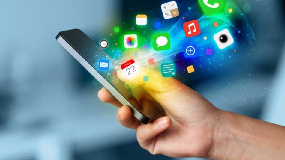 Besonders für »Digital Natives« – Menschen die frühestens 1980 geboren wurden – ist das Smartphone und damit auch das Internet ein ständiger Begleiter.