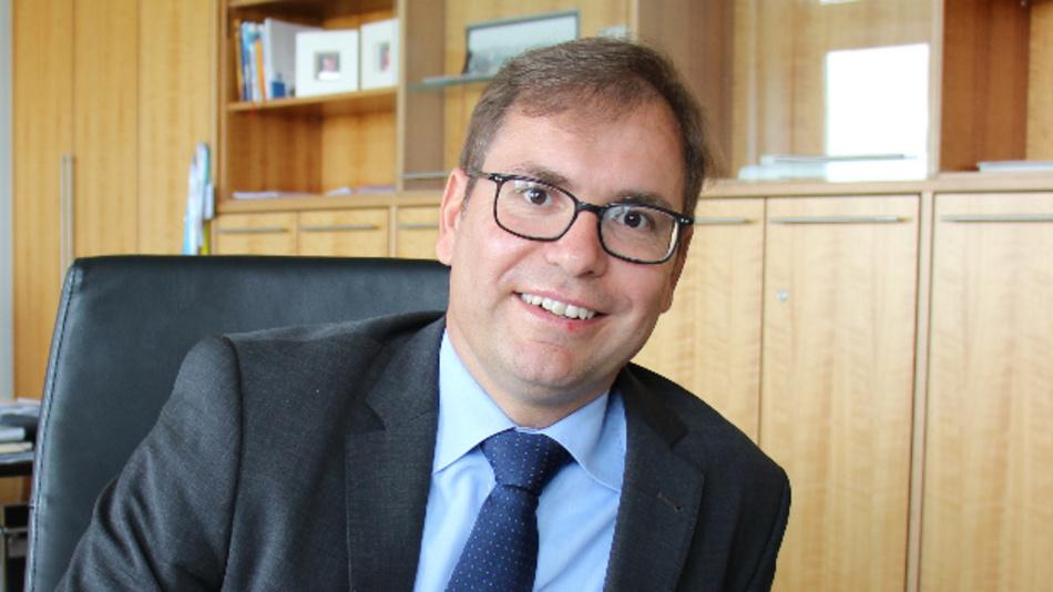 Falk Senger, Geschäftsführer der Messe München, stellte im Rahmen der electronica-Vorpressekonferenz den electronica Trend-Index 2020 vor.