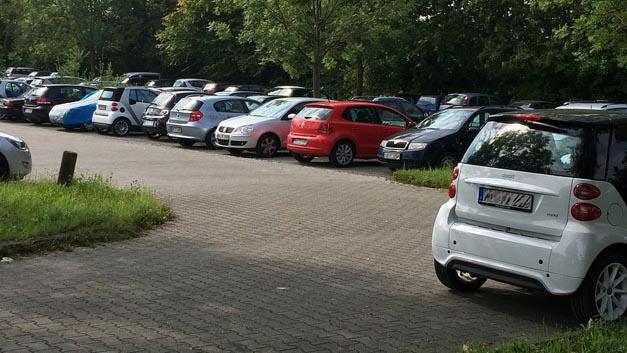 Freie Park + Ride-Parkplätze sind oft nur einen Klick entfernt? Ob das tatsächlich so ist, wird das Pilotprojekt Parkraum-Management von Verband Region Stuttgart und Bosch zeigen, das Anfang 2017 mit dem Realbetrieb startet.