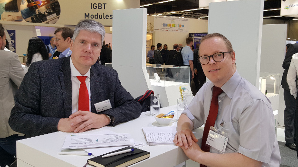 DESIGN&ELEKTRONIK-Redakteur Ralf Higgelke im Gespröch mit Dr. Peter Friedrichs, Senior Director SiC bei Infineon Technologies