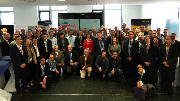OLEDs waren das beherrschende Thema auf dem Meeting des Deutschen Flachdisplay-Forums e.V. in Darmstadt. Ausrichter des 2-tägigen Treffens der Displayspezialisten war das Chemieunternehmen Merck.