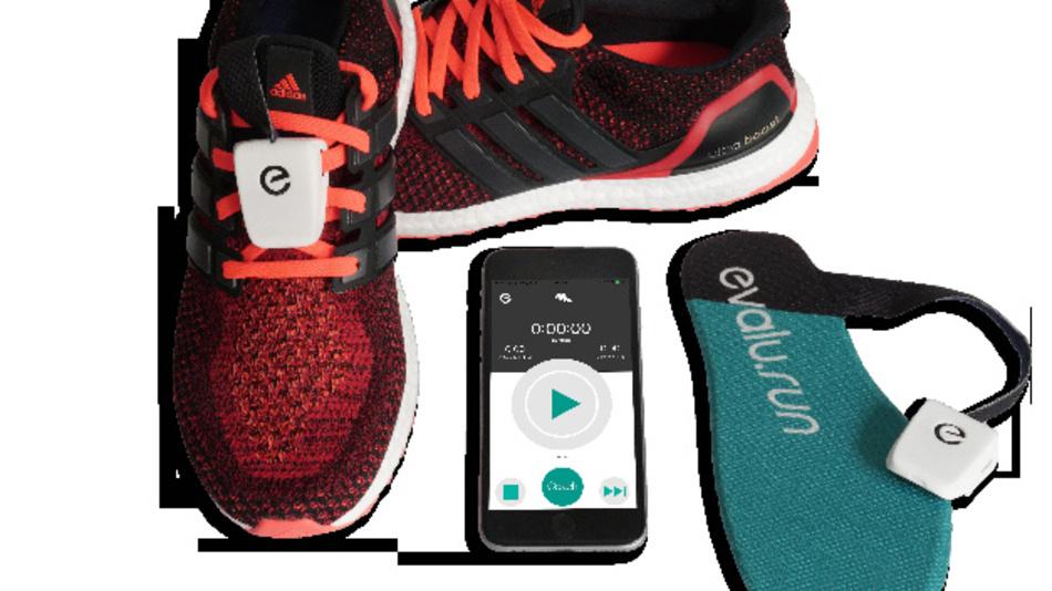 Spezielle Sensoren in der Einlegesohle für Laufschuhe sammeln verschiedene Daten, beispielsweise wie die Kraft des Körpers auf den Boden übertragen wird.