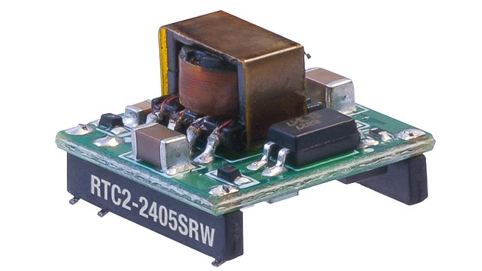 Bild 1. Kaum so groß wie ein Fingernagel sind die 2-W-DC/DC-Wandler im SMT-Gehäuse der Serie RTC2. Sie arbeiten mit Eingangsspannungen von 4,5 V bis 9 V bzw. 18 V bis 36 V und sind zunächst mit einer geregelten Ausgangsspannung von 5 V lieferbar. Weitere Versionen sind für Q1/2017 geplant.