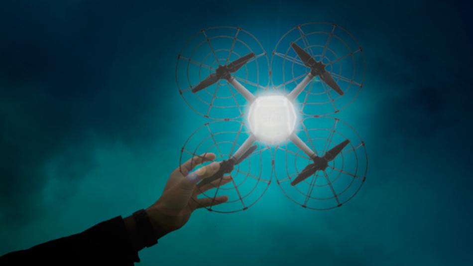Uvanlig 500 Drohnen leuchten am Himmel: Intel bricht erneut den Weltrekord RY-78