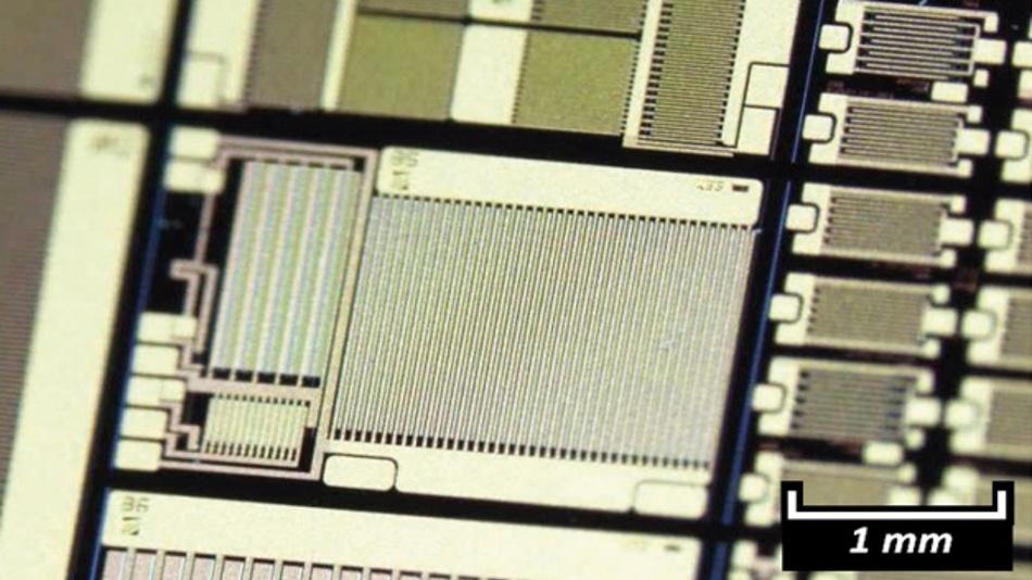Bild 1: Schaltungen und Bauelemente auf einem prozessierten Multi-Projekt-Wafer in einer Hochvolt-GaN-auf-Si-Technologie.