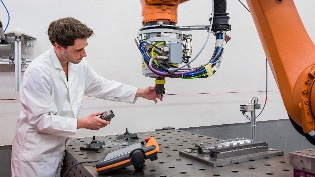 Kleine und mittlere Unternehmen tun sich noch schwer bei der Umsetzung von Industrie 4.0.
