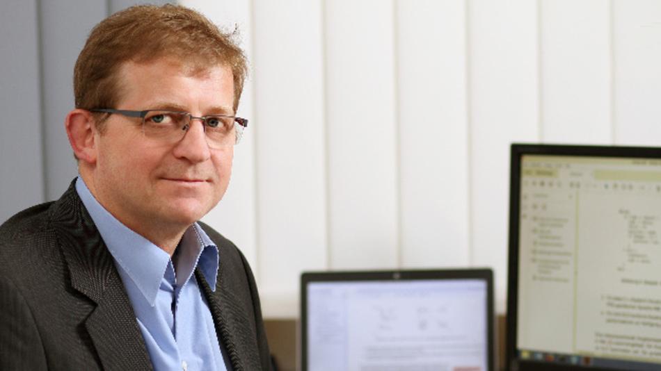 Professor Dr. Wolfgang Kunz ist gemeinsam mit Programmkoordinatorin Nicole C. Jankowiak für den Studiengang »European Master in Embedded Computing Systems« verantwortlich.
