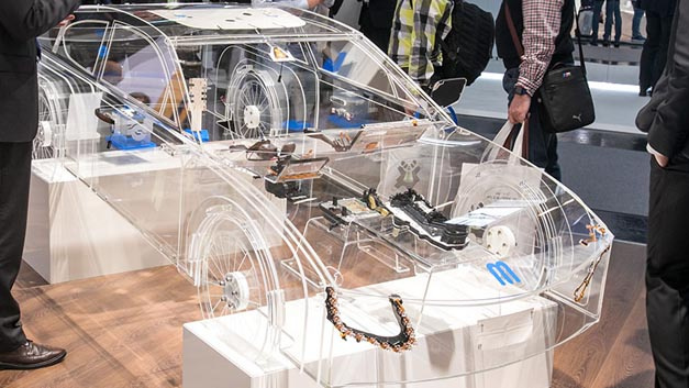 """Wie sieht das """"Auto der Zukunft"""" aus? Auf diese Frage gab es auf der electronica etliche Antworten."""
