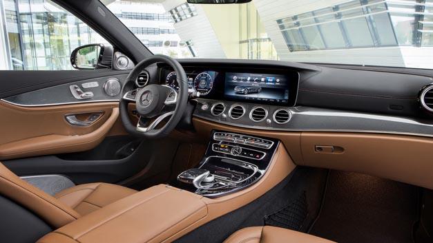 Multifunktionales Smart-Device-Terminal von Continental in der neuen Mercedes-Benz E-Klasse.